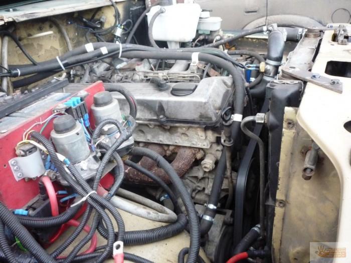 Вторая часть установки дизельного двигателя mercedes om603, 30td на baw fenix, с коробкой пере